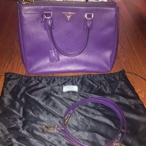 Prada Galleria Saffiano Leather HandBag